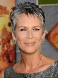 salt pepper hair styles how to transition to salt and pepper hair jamie lee curtis lee