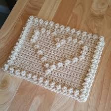 Crochet Heart Rug Pattern Free Best 25 Heart Granny Square Ideas On Pinterest Granny Squares