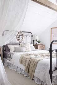 Rustic Room Ideas Best 20 White Rustic Bedroom Ideas On Pinterest Rustic Wood