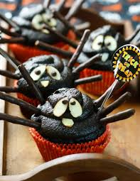 Spider Cakes For Halloween Halloween Spider Cupcakes Eat Healthy Eat Happy