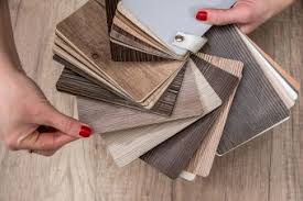 is vinyl flooring better than laminate what is the difference between luxury vinyl and laminate