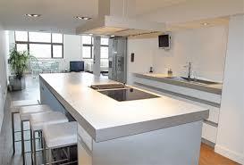 cuisine ouverte moderne cuisine americaine design en bois cuisine equipee en u meubles