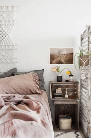 Spring Bedroom Makeover - spring bedroom pink and grey linnen natural textures macrame