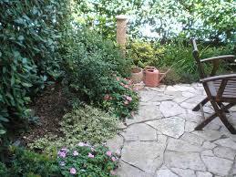 pierre pour jardin zen déco amenager un petit jardin zen angers 3926 angers