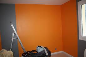 peindre une chambre avec deux couleurs conseils peinture chambre deux couleurs kirafes