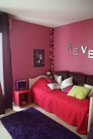 chambre gris et fushia quelles couleurs sur les boiseries d une chambre avec des murs