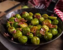 cuisiner choux de bruxelles frais recette choux de bruxelles aux grattons de porc
