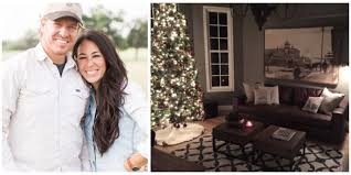 Chip Gaines Farm Joanna Gaines Christmas How Chip And Joanna Decorate For The