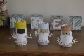 bricolage noel avec rouleau papier toilette activités de noël pour les petits les rois mages