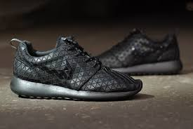 rosch runs nike roshe run qs metric fresh trax design