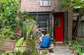 how to find the square footage of a house how a family of 3 fits into a 400 square foot chelsea studio