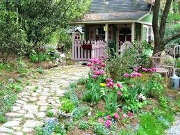 cottage style backyards cottage landscape ideas low maintenance cottage landscaping ideas
