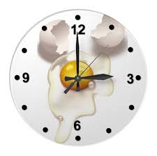 pendule cuisine design avec horloge murale moderne en placage
