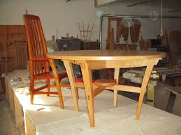 dining room furniture tables chairs hutches sideboards