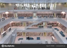 bibliotheken stuttgart moderne bibliothek in stuttgart u2014 redaktionelles stockfoto 137335906