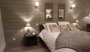 chambre avec lambris blanc chambre en lambris bois lambris pour habiller vos murs with chambre