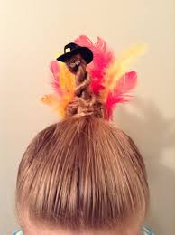 thanksgiving turkey bun hairstyle