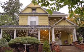 How To Decorate A House For Halloween by Halloween House Decoration 01 Jpg