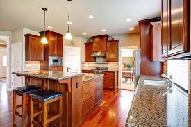 what color backsplash with honey oak cabinets quartz countertops colors that go best with oak cabinets