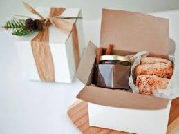 thanksgiving hostess gifts 10 hostess gift ideas to bring to thanksgiving dinner hgtv u0027s