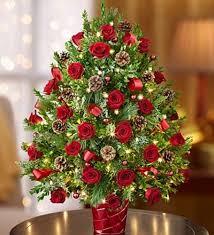 christmas floral arrangements festive christmas flower arrangements online from giftblooms on