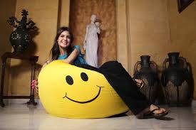 Smiley Face Vase Omg I Want This Smiley Bean Bag Chair Smiley