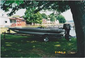 the under 10k bass boat buyers guide baybass outdoors