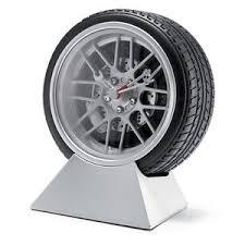 gadget pour bureau roue pneu pour bureau côté lit horloge stylé voiture cadeau cadeau