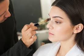 makeup artist miami kendall jenner s makeup artist on makeup must haves and