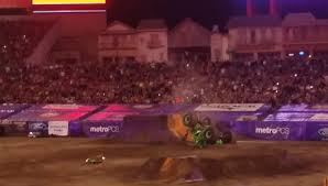 monster truck grave digger videos famous monster truck grave digger crashes after failed backflip