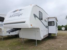 2004 fleetwood pioneer travel trailer floor plans