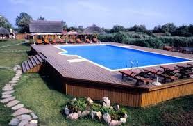 Above Ground Pool Design Ideas Above Ground Pool This Is A Neat Idea Looks Like An Inground Pool