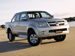 toyota hilux surf 3 0 2002 auto images and specification