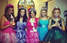 selena gomez halloween costume twist video check out selena