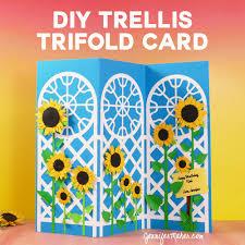 how to make an easy trellis tri fold card jennifer maker