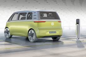 volkswagen electric bus volkswagen i d buzz concept vw u0027s electric push continues at