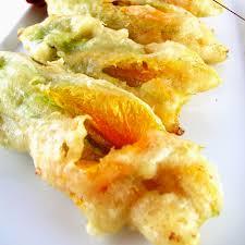 fiori di zucca fritti in pastella ricetta fiori di zucca fritti diario di cucina expat mamma in fra