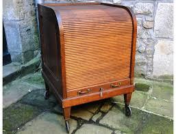 meuble classeur bureau classeur américain de bureau à rideaux chêne 1920 xxème