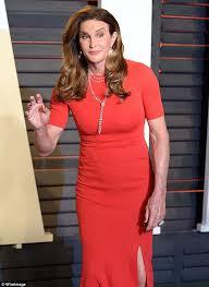 Tina Fey Vanity Fair Pics Caitlyn Jenner Apologizes To Tina Fey For Not Saying Hello At