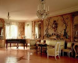 Perfect And Luxury Living Room Interiors Interior Design - Interior design classic style
