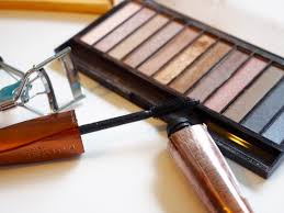 5 tips for spring cleaning your make up collection pretty 52