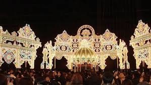 top 10 christmas light displays in us 8 of the world s most dazzling christmas light displays mnn