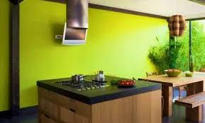 cuisine jaune et verte déco cuisine verte et bois 46 tourcoing cuisine vert pomme et