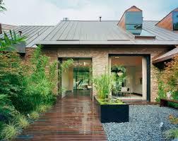 austin modern lake house entry courtyard peninsula bcarc u2026 flickr