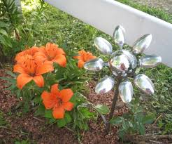 Craft Garden Ideas - weld a spoon flower 5 steps with pictures