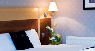 Hotels Near LEGOLAND Windsor Deal Includes Nd Day Free - Hotels with family rooms near legoland