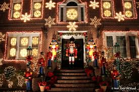 Dyker Heights Christmas Lights The Elaborate Christmas Lights Of Dyker Heights Brooklyn Photos