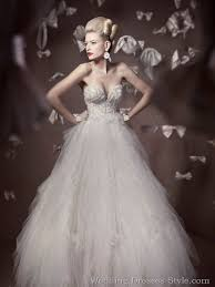 designer wedding dresses 2011 94 best wedding dresses images on wedding frocks