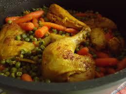 cuisiner des petit pois surgel poulet en cocotte et ses petits pois carottes maryse cocotte