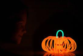 easy glowstick pumpkins perfect for halloween night it u0027s